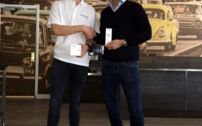 Talentvolle triatlonatleet Tristan Olij tekent sponsorcontract met Synofit